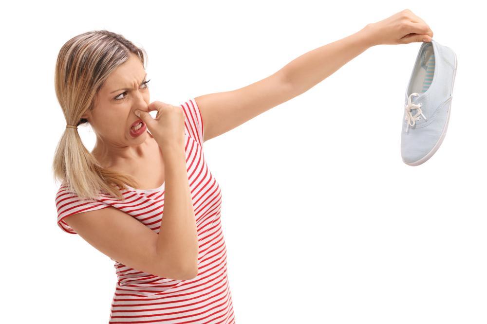 Wenn Schuhe stinken: Hausmittel gegen lästigen Geruch