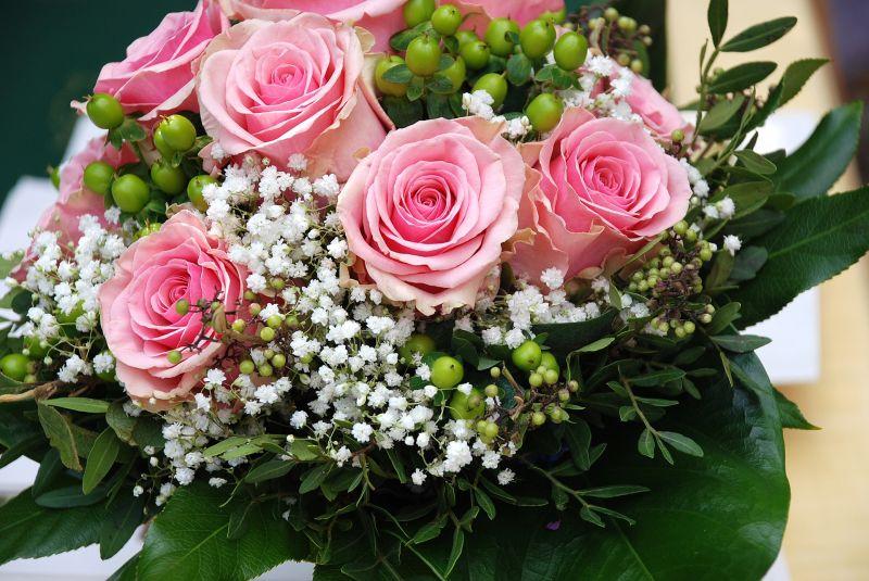 Schnittblumen: So bleiben Blumensträuße länger frisch