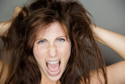 Inhalt des Artikels sind Tipps damit Frisuren auch halten.