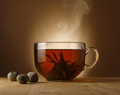Frischer Tee in einem Glas