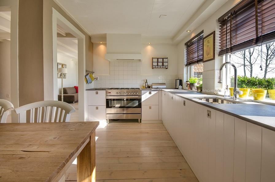Offen und einladend: Küche, Wohn- und Esszimmer zusammenlegen
