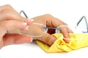 Brillenputzmittel selber anfertigen – so gelingt's