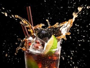 Cola – ein Erfrischungsgetränk als effektives Hausmittel