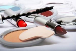 Spar-Tipp der Woche: Richtige Verwertung von Kosmetikresten