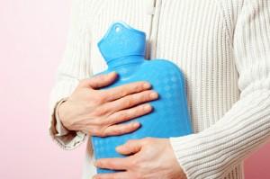 Was tun, wenn die Wärmflasche nach Gummi riecht?