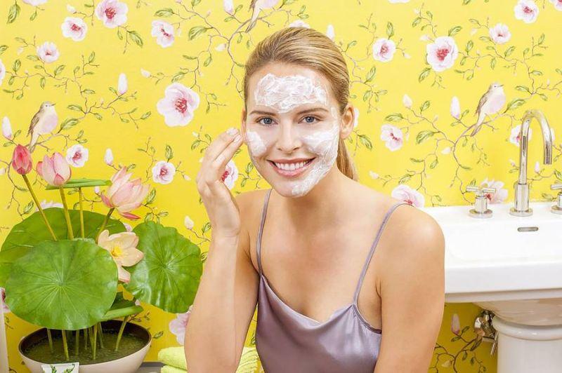 Professionelle Gesichtsmasken für zu Hause